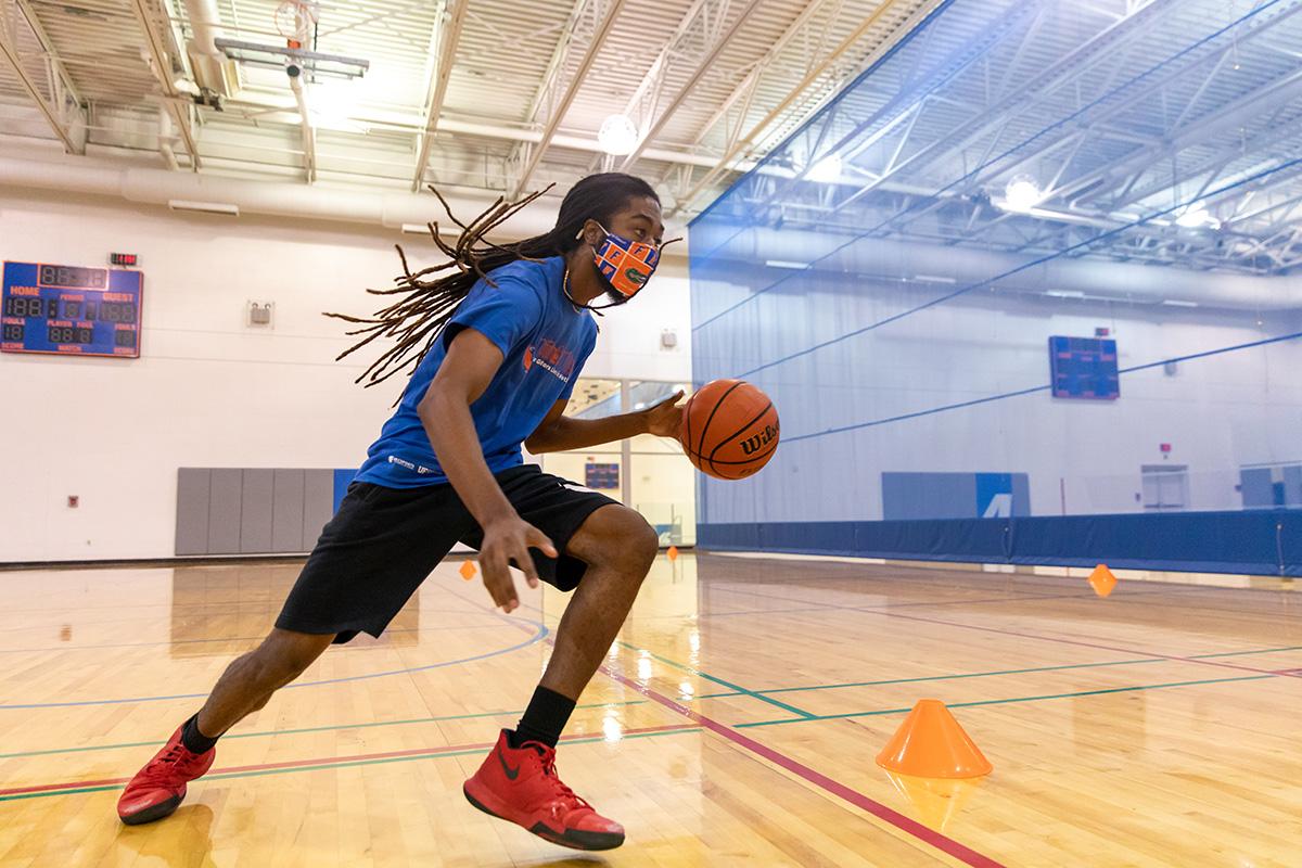 A man playing basketball