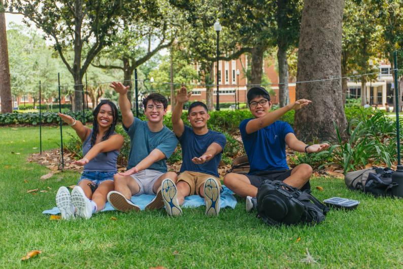Together at last: UF welcomes students back for first fully in-person semester in over a year